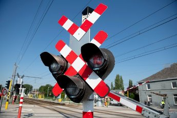 Illustration shows a press presentation of the first radar of railway crossing in Dendermonde, Wednesday 16 June 2021. The radar is a pilote project to notice the infractions (red light at railway crossing) to get more security. BELGA PHOTO CHRISTOPHE KETELS