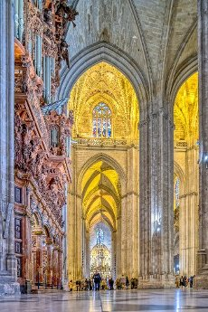South aisle and organ of Seville Cathedral
