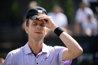 12 June 2021, Baden-Wuerttemberg, Stuttgart: Tennis: ATP Tour - Stuttgart, Singles, Men, Semifinals. Sam Querrey of the USA reacts against Auger-Aliassime of Canada. Photo: Marijan Murat\/dpa