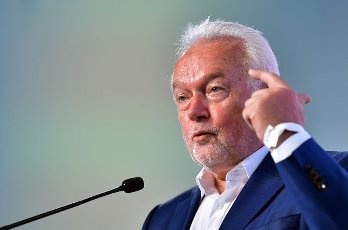 12 June 2021, Thuringia, Erfurt: Wolfgang Kubicki, deputy federal chairman of the FDP, speaks at the state party conference of the Thuringian FDP. The party wants to elect a new party leadership. Photo: Martin Schutt\/dpa-Zentralbild\/dpa