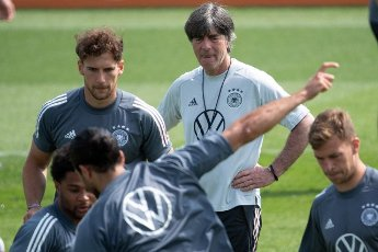 12 June 2021, Bavaria, Herzogenaurach: Football: European Championship, national team, training on the Adi Dassler sports field. Germany\'s national coach Joachim Löw observes the training. Photo: Federico Gambarini\/dpa - IMPORTANT NOTE: In accordance with the regulations of the DFL Deutsche Fußball Liga and\/or the DFB Deutscher Fußball-Bund, it is prohibited to use or have used photographs taken in the stadium and\/or of the match in the form of sequence pictures and\/or video-like photo series
