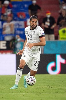 15 June 2021, Bavaria, Munich: Football: European Championship, France - Germany, preliminary round, Group F, 1st matchday in the EM Arena Munich. Germany\'s Emre Can plays the ball. Photo: Federico Gambarini\/dpa