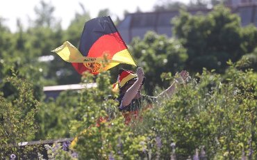 firo: 15.06.2021, Fuvuball, football: EURO 2020, EM 2021, EURO 2021, European championship 2021, group stage, group F, Germany, Germany - France - France 0: 1 fan, Germany, flags, feature, symbolic image