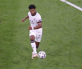 firo: 15.06.2021, Fuvuball, football: EURO 2020, EM 2021, EURO 2021, European championship 2021, group stage, group F, Germany, Germany - France - France 0: 1 individual action, Serge Gnabry