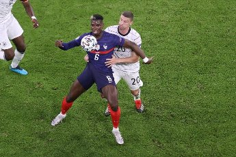 firo: 15.06.2021, Fuvuball, football: EURO 2020, EM 2021, EURO 2021, European championship 2021, group stage, group F, Germany, Germany - France - France 0: 1 duels, Robin Gosens, versus Paul Pogba