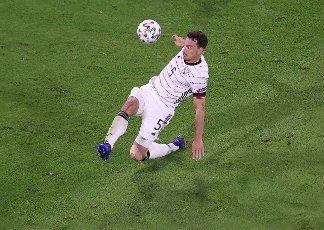 firo: 15.06.2021, Fuvuball, football: EURO 2020, EM 2021, EURO 2021, European championship 2021, group stage, group F, Germany, Germany - France - France 0: 1 individual action, Mats Hummels