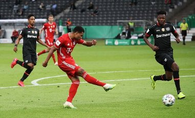 FCB Serge Gnabry, goal, goals, 2: 0 firo, sports, football, cup final: season 2019\/2020, 04.07.2020 DFB Cup final of men Bayer Leverkusen - FC Bayern Munich, Muenchen Photo: Jurgen Fromme \/ firosportphoto \/ POOL Nur for journalistic purposes! Only for editorial use! | usage