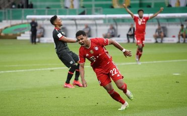 FCB Serge Gnabry, jubilation, goaljubel, after the 2: 0 firo, sports, soccer, cup final: season 2019\/2020, 04.07.2020 DFB-Pokal final of the men Bayer Leverkusen - FC Bayern Munich, Muenchen Photo: Jurgen Fromme \/ firosportphoto \/ POOL For journalistic purposes only! Only for editorial use! | usage