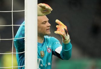 04 July 2020, Berlin: Football: DFB Cup, Final: Bayer Leverkusen - FC Bayern Munich in the Olympic Stadium. Bavaria\'s goalkeeper Manuel Neuer gestures. Photo: Alexander Hassenstein\/Getty Images Europe\/Pool\/dpa - IMPORTANT NOTE: In accordance with the regulations of the DFL Deutsche Fußball Liga and the DFB Deutscher Fußball-Bund, it is prohibited to exploit or have exploited in the stadium and\/or from the game taken photographs in the form of sequence images and\/or video-like photo series