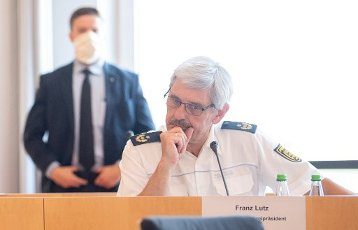 "02 July 2020, Baden-Wuerttemberg, Stuttgart: Franz Lutz, President of the Stuttgart Police Headquarters, takes part in the signing of the security partnership ""Stuttgart sicher erleben"". Photo: Sebastian Gollnow"