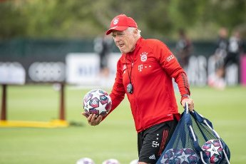 12 August 2020, Portugal, Lagos: Football: Champions League, FC Bayern in training camp in the Algarve before the final tournament in Lisbon. Co-trainer Hermann Gerland of FC Bayern Munich prepares the pitch before a training session on a football pitch from the team hotel. Photo: Matthias Balk\/dpa