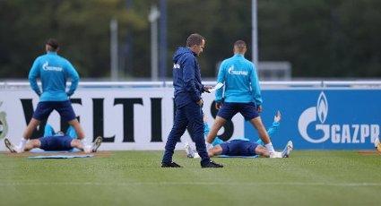firo: 30.09.2020, Fuvuball, 1st Bundesliga, season 2020\/2021, FC Schalke 04, training Manuel Baum, Zettel | usage worldwide