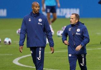 firo: 30.09.2020, Fuvuball, 1st Bundesliga, season 2020\/2021, FC Schalke 04, 1st training with the new coach Manuel BAUM, with Co coach Naldo | usage worldwide