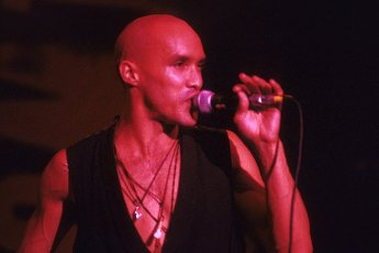 Dan Reed from Dan Reed Network live at the Marquee Club. London, 08\/01\/1990 | usage worldwide