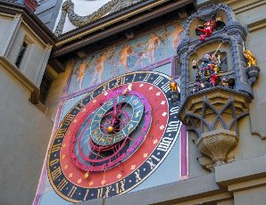 Carillon and astronomical clock and cytglogge, time bell tower, in the old town of Bern, Inner City, Bern, Canton of Bern, Switzerland