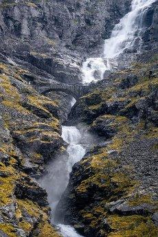 Bridge over Stigfossen waterfall, Trollstigen mountain road, near Åndalsnes, Møre og Romsdal, Vestland, Norway