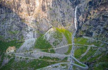 Hairpin bends, mountain road Trollstigen, near Åndalsnes, Møre og Romsdal, Vestland, Norway