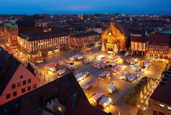 Aerial view, main market at Christmas time during Corona Pandemic without Christkindlesmarkt, Nuremberg, Middle Franconia, Franconia, Bavaria, Germany