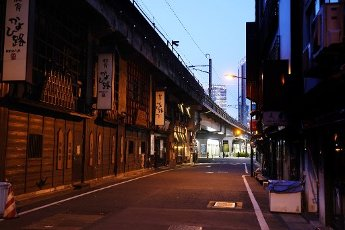Bars and pubs which canceled business at night of the weekend are seen at downtown of Tokyo, Japan, April 10, 2020. Prime Minister Shinzo Abe has declared a state of emergency to contain the new coronavirus outbreak. JIJI PRESS PHOTO / MORIO TAGA