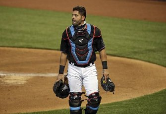 Miami Marlins catcher Francisco Cervelli walks into the dugout during the first inning against the Atlanta Braves at Marlins Park in Miami on Friday, Aug. 14, 2020. (David Santiago\/Miami Herald\/TNS