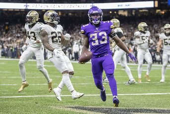 Minnesota Vikings running back Dalvin Cook (33) carries the ball into the end zone for a touchdown against the New Orleans Saints on January 5, 2020, at Mercedes-Benz Superdome in New Orleans. (Elizabeth Flores\/Minneapolis Star Tribune\/TNS