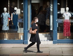 The wearing of face coverings becomes compulsory in Scottish shops from today. 10th JULY