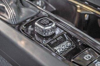 CIUDAD DE MÃXICO, agosto 14 (EL UNIVERSAL).- El Volvo S60 compite en un mercado que podría ser engañoso pues a pesar de que las marcas han adoptado a las carrocerías de SUV como las preferidas para proponer sus desarrollos más avanzados, el mundo de los sedanes aún ocupa un 30% en el espectro de consumo global para las marcas de lujo. Foto: Agencia EL