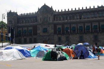 EUM20200814SOC08.JPG CIUDAD DE MÃXICO. Protest\/Protesta-CNTE.- 14 de agosto de 2020. Aspectos del plantón en la plancha del Zócalo de la Coordinadora Nacional de Trabajo de la Educación procedentes de Michoacán. Foto: Agencia EL UNIVERSAL\/Hugo García\/EELG