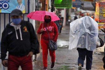 EUM20200814SOC14.JPG CIUDAD DE MÉXICO. Rain\/Lluvia-CDMX.- 14 de agosto de 2020. Aspectos de la lluvia que se registra la tarde del viernes en la Ciudad de México. Foto: Agencia EL UNIVERSAL\/Germán Espinosa