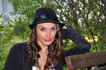 beauty  girl with hat