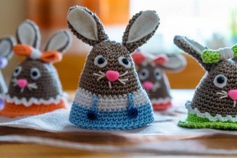 Amigurumi Easter Egg Warmer out of Wool