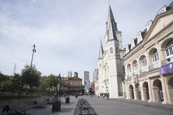 April 10, 2020 - New Orleans, Louisiana USA: A deserted Jackson Square in the French Quarter on Good Fridayin the midst of the Coronavirus crisis. The state of Louisiana is currently reporting 19,253 cases with 755 deaths, and 2,054 patients currently being treated in hospitals. New Orleans leads the state with 5,416 cases and 225 deaths. (David Rae Morris / Polaris)