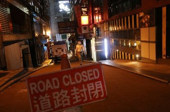 Few people seen at Lan Kwai Fong in the evening in Central. Hong Kong¡H¡H hard-pressed bar trade expects pubs to reopen on Friday after two months of coronavirus-related closures. 15SEP20 SCMP \/ K. Y