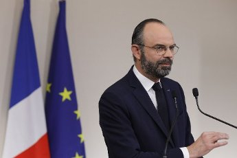 French Prime Minister Edouard Philippe speaks during a press conference in Paris, on March 28, 2020, on the eleventh day of a strict nationwide confinement in France seeking to halt the spread of the COVID-19 infection caused by the novel coronavirus. - The death toll from the coronavirus epidemic in Europe surged past 20,000 on March 28, 2020, even as the Chinese city where the outbreak began cautiously returned to life. Europe and the United States are facing a staggering increase in new cases of COVID-19 -- despite perhaps a third of humanity now living under lockdown.//04SIPA_1120.5856/2003282033/Credit:VAN DER HASSELT/POOL/SIPA/