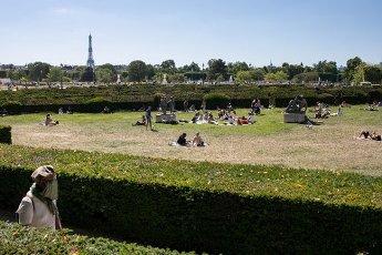 Tour Eiffel et Trocadero. COVID 19, les parcs et jardins Parisiens ouvrent leurs portes. Paris, FRANCE- 30\/05\/2020.\/\/04MEIGNEUX_meigneuxG019\/2005310907\/Credit:ROMUALD MEIGNEUX\/SIPA\/