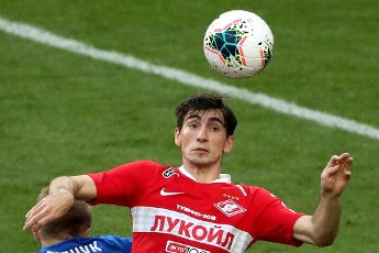 MOSCOW, RUSSIA â JULY 4, 2020: Spartak Moscow\'s Zelimkhan Bakayev jumps to head the ball in a 2019\/2020 Russian Premier League Round 26 football match between Spartak Moscow and FC Tambov at Otkrytie Arena. FC Tambov won 3-2. Russia\'s Federal