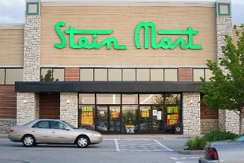 A Stein Mart store is pictured in Town and Contry, Missouri on Friday, August 14, 2020. The 112 year old discount department store, announced on August 12, 2020, that it will close most of its 280 stores. Officials say the coronavirus pandemic have caused significant financial distress. Stein Mart operates in 30 states. Photo by Bill Greenblatt