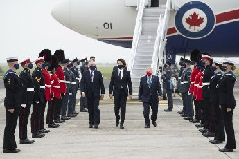 Canadian Prime Minister Justin Trudeau arrives at Cornwall Airport Newquay on June 10, 2021, ahead of the G7 summit in Cornwall. Trudeau was greeted by Ralph Goodale, the High Commissioner of Canada, and Richard Austin, Special Representative of the Foreign Secretary. Photo by Doug Peters\/G7 Cornwall 2021