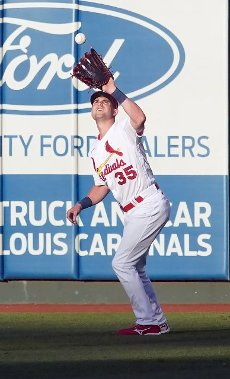 St. Louis Cardinals right fielder Lane Thomas makes a catch on a fly ball off the bat of Miami Marlins Jazz Chisholm in the first inning at Busch Stadium in St. Louis on Tuesday, June 15, 2021. Photo by Bill Greenblatt