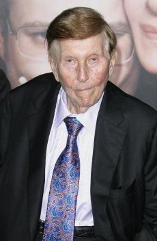 Sumner Redstone Dead At 97Author WENN20200812Media mogul Sumner Redstone has died at the age of 97.Redstone, who built a multi-billion dollar media empire that included Viacom, Paramount Pictures and CBS, passed away at his home in Los