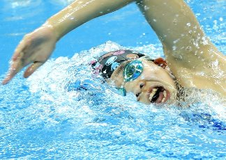(201001) -- QINGDAO, Oct. 1, 2020 (Xinhua) -- Ma Yonghui of Hebei competes during the women\'s 400m freestyle final at the 2020 Chinese National Swimming Championships in Qingdao, east China\'s Shandong Province, Oct. 1, 2020. (Xinhua\/Chen Jianli