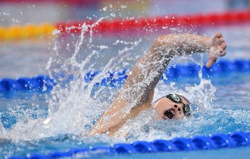 (201001) -- QINGDAO, Oct. 1, 2020 (Xinhua) -- Hu Jia of Shandong competes during the men\'s 800m freestyle final at the 2020 Chinese National Swimming Championships in Qingdao, east China\'s Shandong Province, Oct. 1, 2020. (Xinhua\/Tao Xiyi