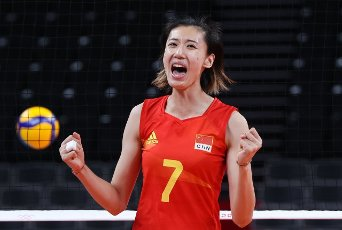 (210801) -- TOKYO, July 31, 2021 (Xinhua) -- Wang Yuanyuan of China reacts during the women\'s volleyball preliminary round match between China and Italy at Tokyo 2020 Olympic Games in Tokyo, Japan, on July 31, 2021. (Xinhua\/Ding Ting